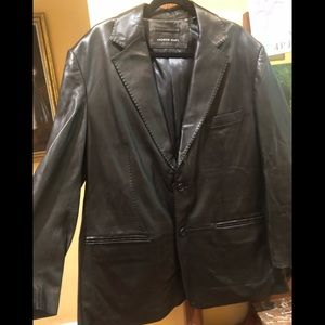 Andrew Marc black leather jacket worn once XXL